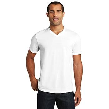 District  ®   Perfect Tr ®  V-Neck Tee. DT135