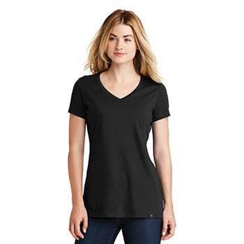 New Era  ®  Ladies Heritage Blend V-Neck Tee. LNEA101